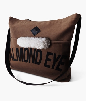 ALMOND EYE REINS TOTE BAG